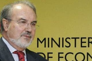 Solbes presenta una propuesta de negociación sin cifras, aunque promete más recursos