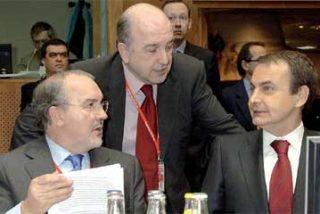 Almunia: «Quienes debían haber prestado atención a la crisis, hace dos años, no lo hicieron»