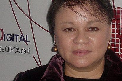 """Zoe Valdés: """" Los americanos se equiparan a los soviéticos al ejemplificar con la mentira"""""""