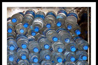 ¿Es inmoral beber agua embotellada?