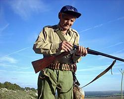 Medio millón de cazadores le declaran la guerra a Narbona