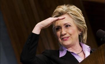 A Hillary se le acaba el crédito