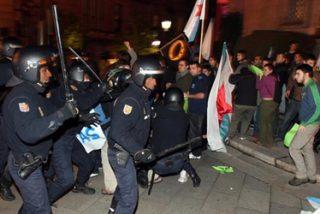 Energúmenos separatistas intentaron reventar el acto de Galicia Bilingüe
