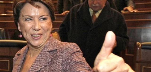 Maleni llega a Barcelona entre abucheos para anunciar el AVE