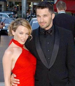 Kylie Minogue vuelve con Olivier Martínez