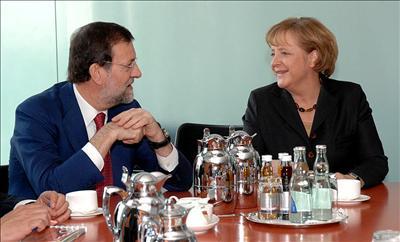 Merkel aplaude la idea de Rajoy de poner freno a la inmigración ilegal