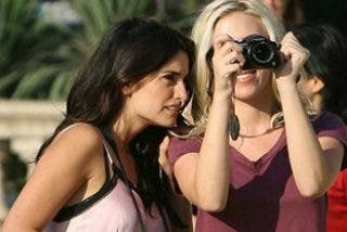 Pé detalla en la televisión de EEUU su beso cochino con Scarlett
