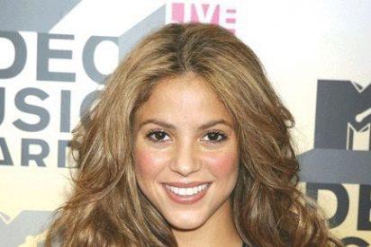 Shakira no está preparando su boda pero fantasea con ser madre