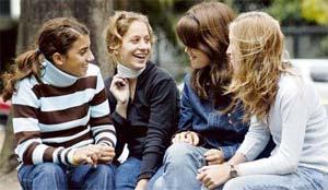 La contaminación adelanta la pubertad femenina