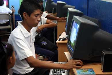 Fundación Telefónica desarrollará Red Virtual de Centros Educativos