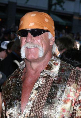 El hijo de Hulk Hogan le demanda