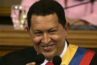"""Chávez a Bush: """"Que se meta la lista de países terroristas... por el bolsillo"""""""
