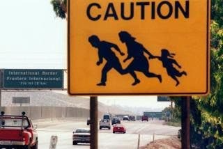 """Un presentador de la CNN llama """"criminales"""" a los inmigrantes ilegales"""
