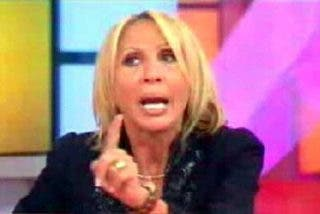 A pedido del público retiran del aire programa de Laura Bozzo