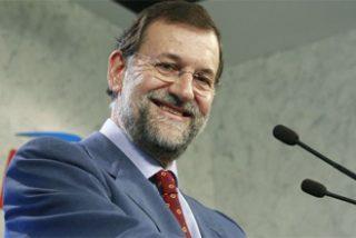 """Rajoy: """"Si dejamos a Zapatero nos hunde esto para muchos años"""""""
