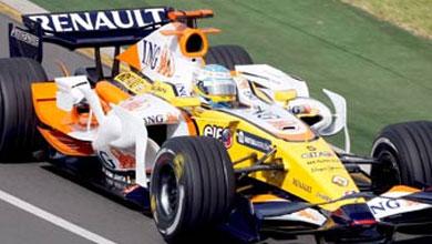 Alonso roza el podium en una accidentada carrera