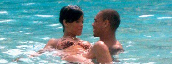 Rihanna y Chris, enamorados en París