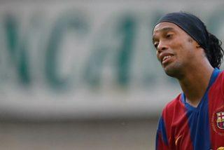 Ronaldinho amenaza con romper el contrato con el Barça si le impiden ir a Pekín