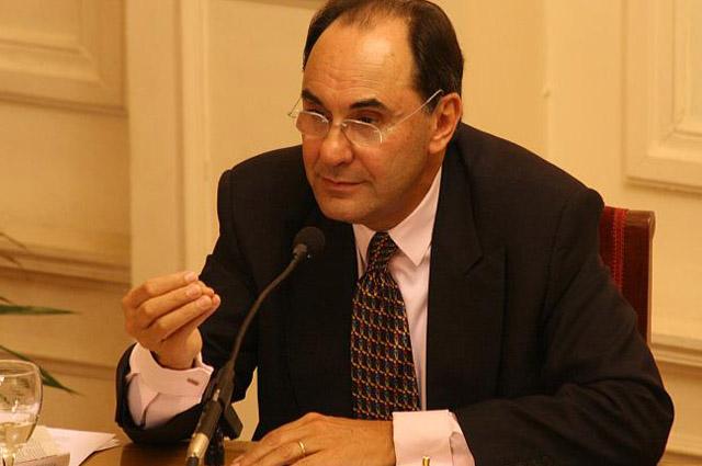 Vidal-Quadras da al PP su receta para ganar votos en Cataluña