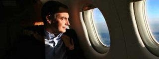 ZP tendrá que aclarar si el avión con el que voló a Canarias pertenece al Grupo Santander