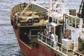 Piratas secuestran un atunero vasco en aguas somalíes