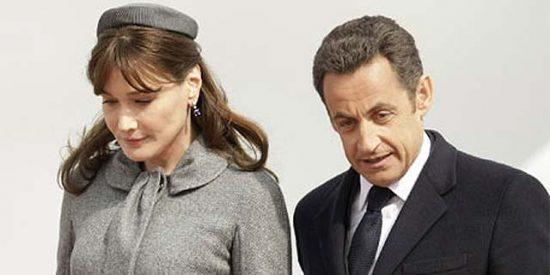 """Carla Bruni y los """"seis cerebros de Sarkozy"""""""