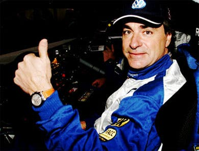 Carlos Sainz atropella al copiloto de un rival