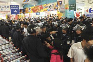 China se toma revancha del bloqueo a la antorcha olímpica con un boicot a Carrefour
