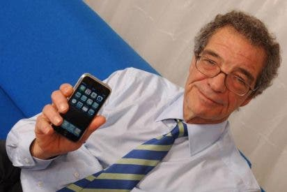 ¿A qué espera César Alierta para comercializar el iPhone en España? A que Apple entregue a Telefónica la versión 3G