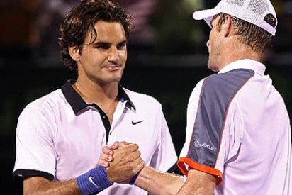Roger Federer cae ante Andy Roddick en Cayo Vizcaíno