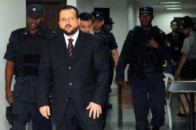 Cambian de cárcel a un ex jefe paramilitar que sería extraditado a EE.UU