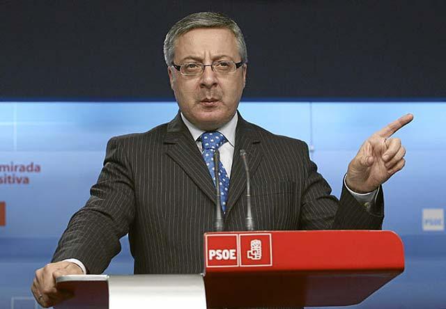 Hamburguesas frente al aceite de oliva, a debate en el Congreso del PSOE