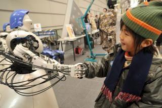 Cuando la población envejece, llega la hora de los robots