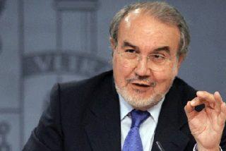 """Solbes reconoce la """"gravedad"""" de la crisis pero pide """"optimismo"""""""