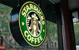 Los empleados de Starbucks, en pie de guerra por sus propinas