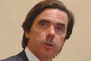 """Aznar carga contra el """"socialismo simpático"""" de ZP"""