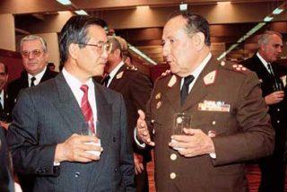 Fujimori tiene un ataque de risa durante el juicio por violaciones a los DD.HH. en Perú