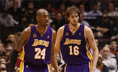 Gasol y los Lakers siguen invictos