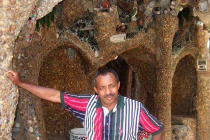 Hace de su favela un palacio de Gaudí