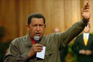 """Chávez llama """"vagabundo y bandido"""" al director de la Interpol"""