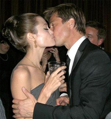 Los bebés de Pitt y Angelina Jolie se llamarán Castor y Pollox