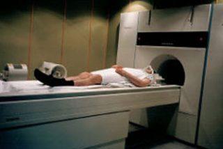 Investigan la relación entre las resonancias magnéticas y el cáncer