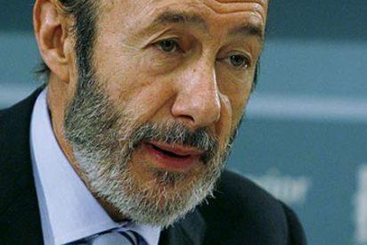 "Rubalcaba acusa a Spanair de decir ""medias verdades"""