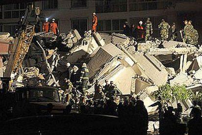 Las autoridades chinas elevan a 10.000 el número de muertos en el terremoto