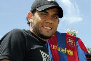 El Barça ficha a Alves por 32 millones de euros