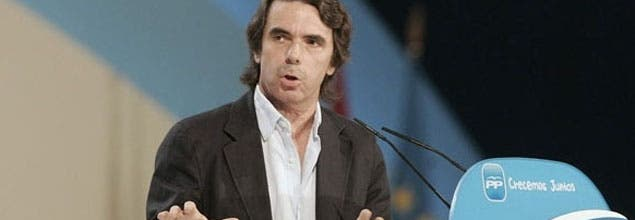Y Aznar se pegó un tiro en el pie