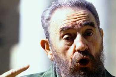 Fidel Castro dice que apoya las políticas de su hermano Raúl