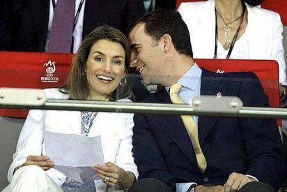 """Letizia y Felipe: """"Vimos la final en casa; comiendo tortilla de patatas"""""""