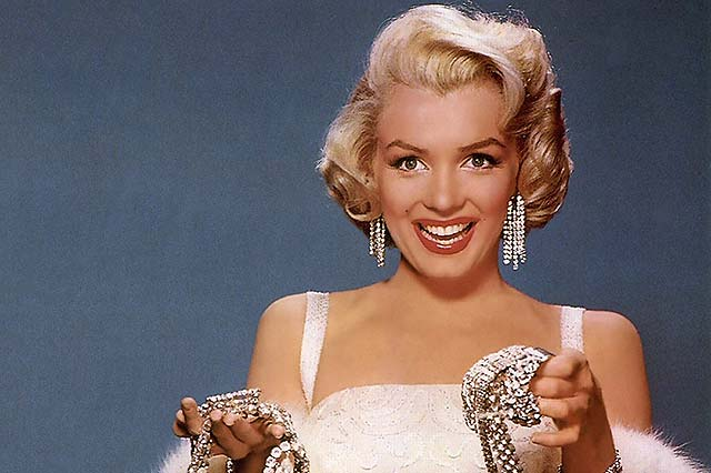 La subasta de la tumba junto a la de Marilyn supera los 4,6 millones de dólares
