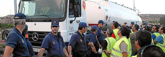 Las empresas aprovechan la huelga para cesar a 11.000 trabajadores en toda España